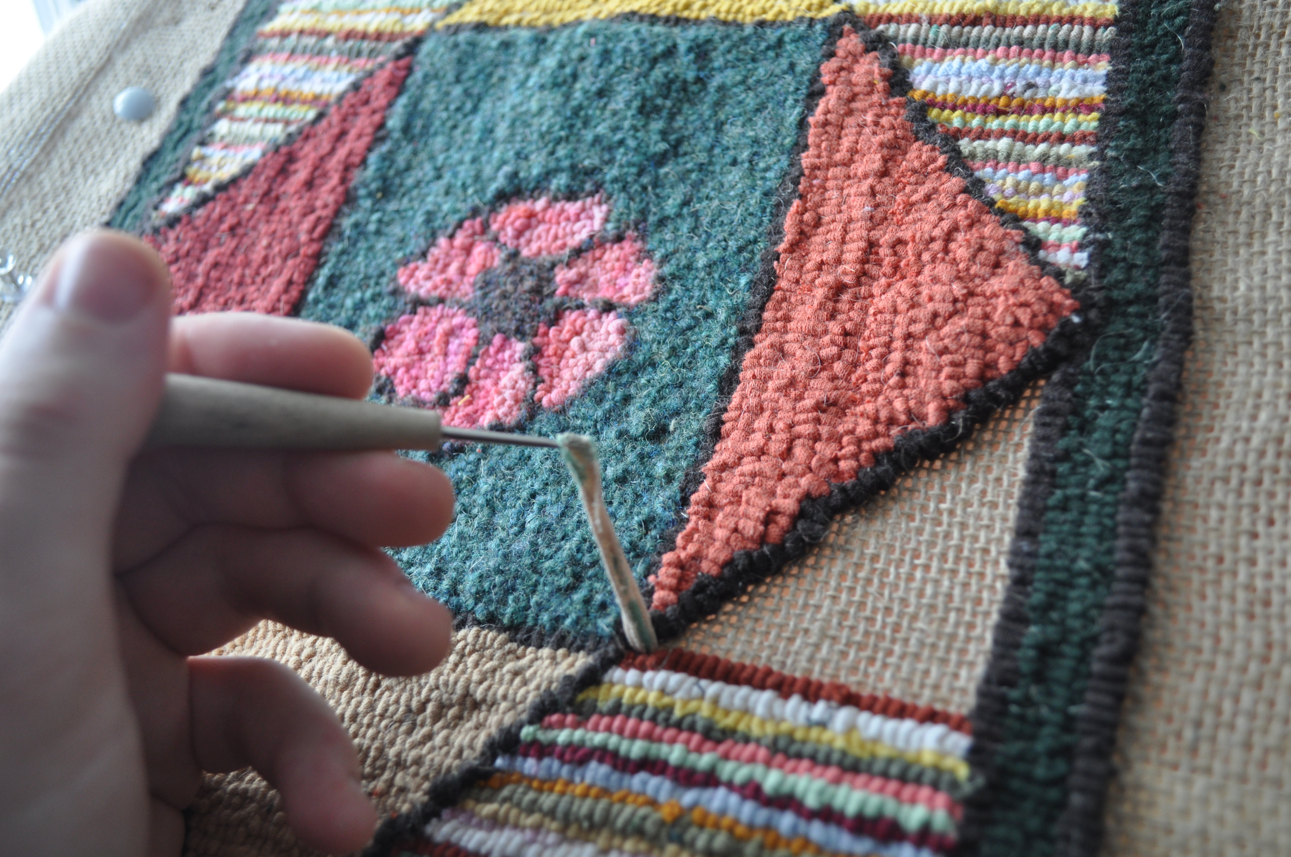history of rug hooking in newfoundland